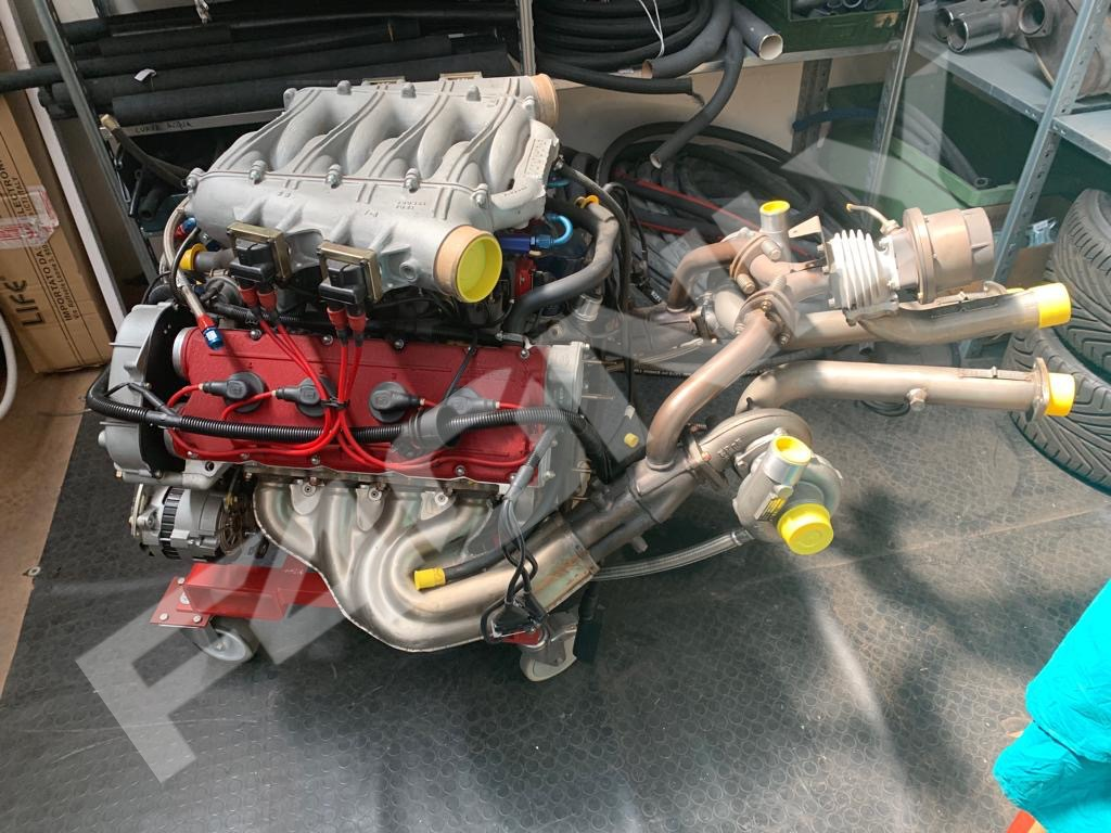 Engine with Turbo Image